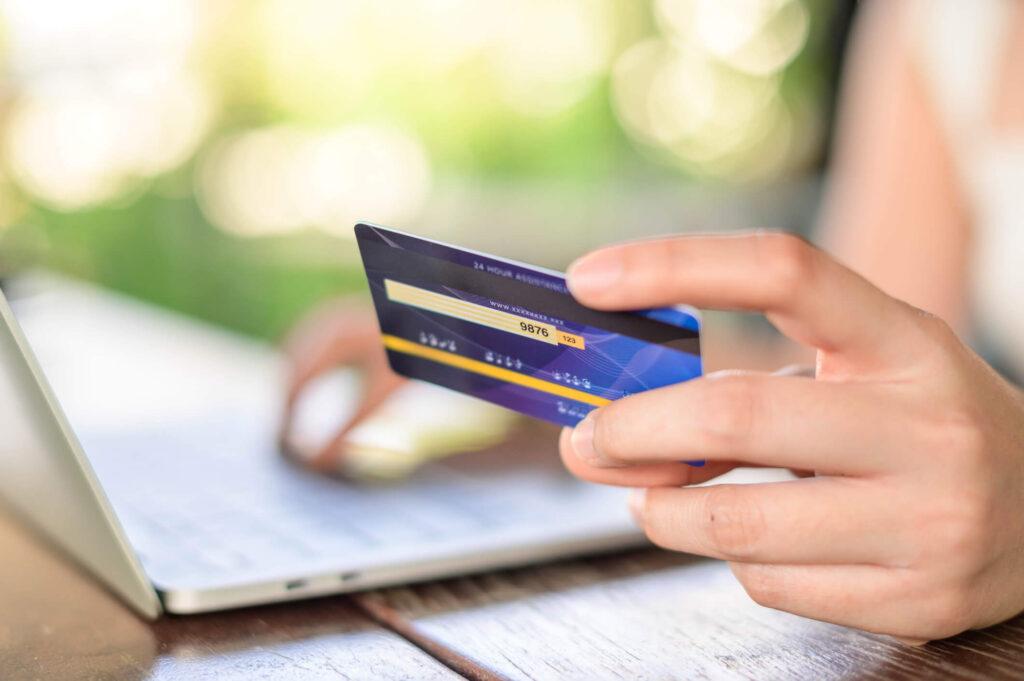 Columbia renter paying online